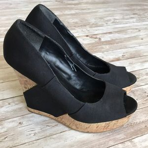 Mossimo Black Cork Open Toe Wedges Size 10